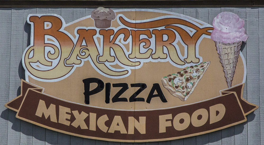 Gualala Pizza & Bakery